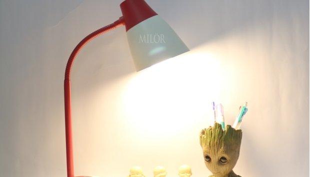 Những lưu ý khi vệ sinh đèn bàn học sinh
