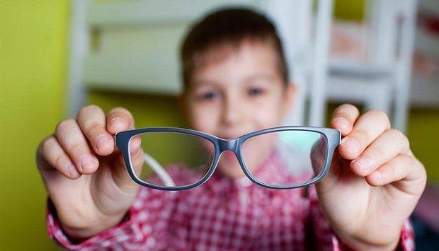 Cách bảo vệ mắt cận để không bị tăng độ